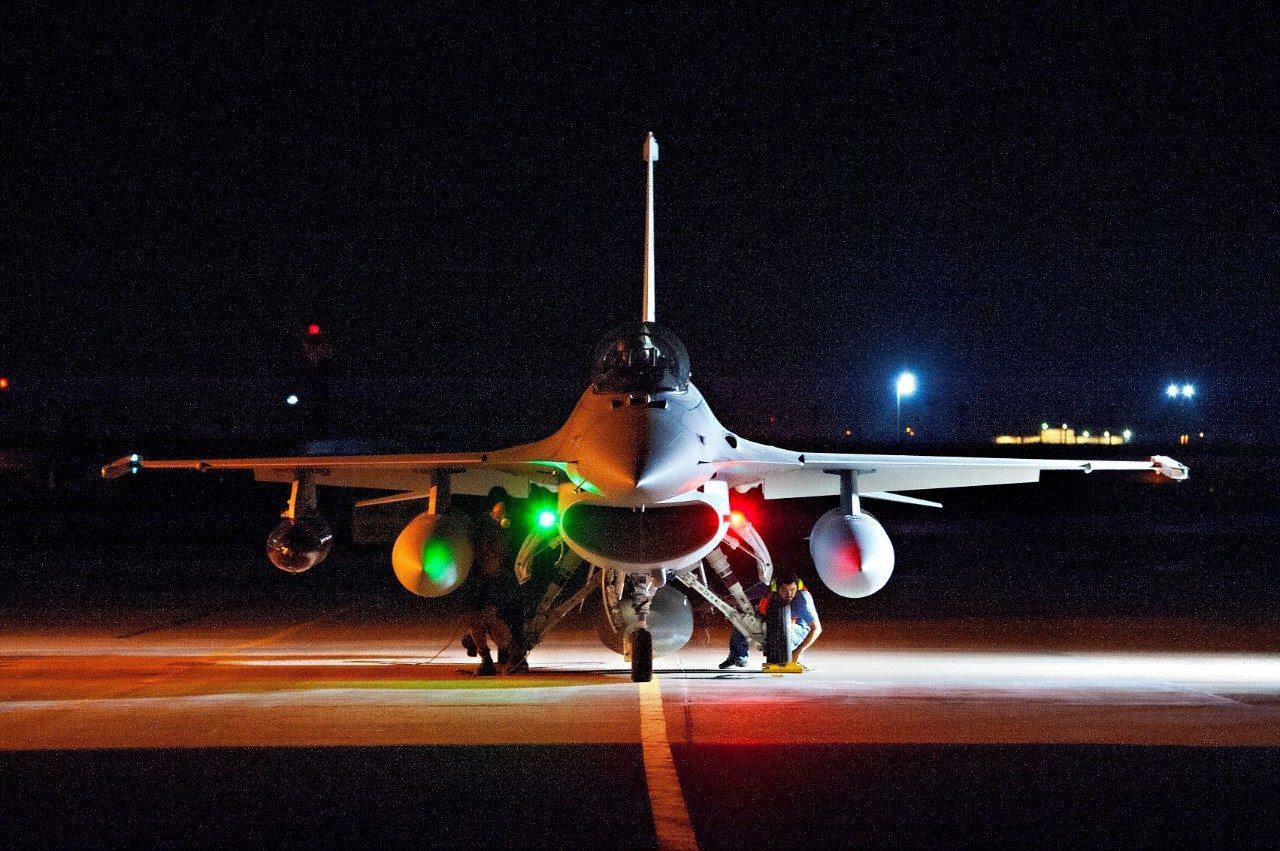 light multi-role battle] MiG-35 vs F-16 Block 70 vs J-10C