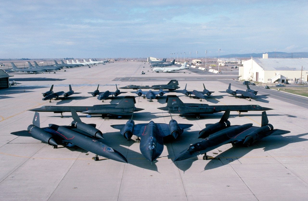 11 SR-71 Blackbirds on the runway