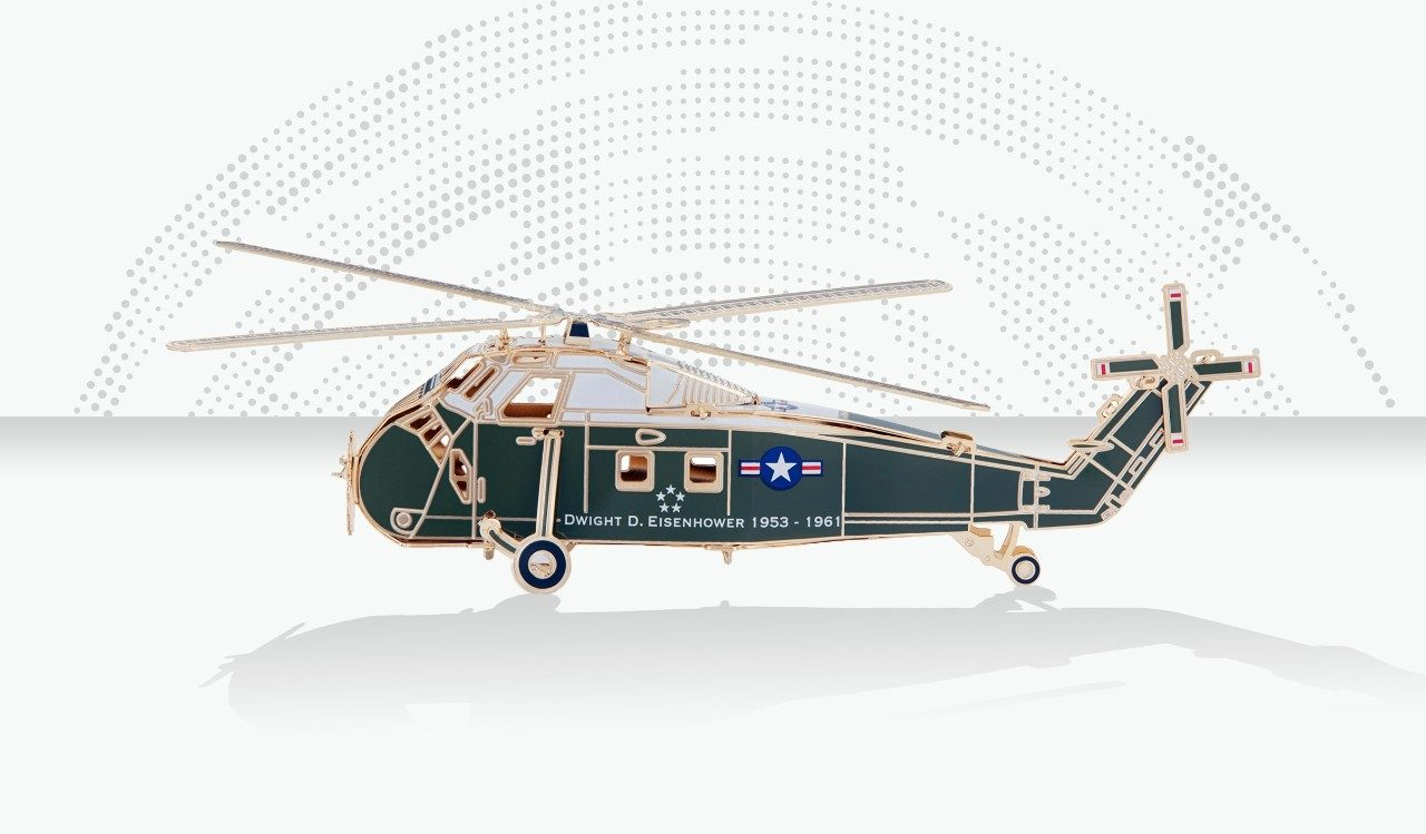 2019 White House Christmas Ornament: Sikorsky H-34