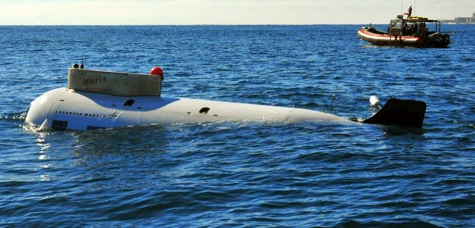 manned combat submersible