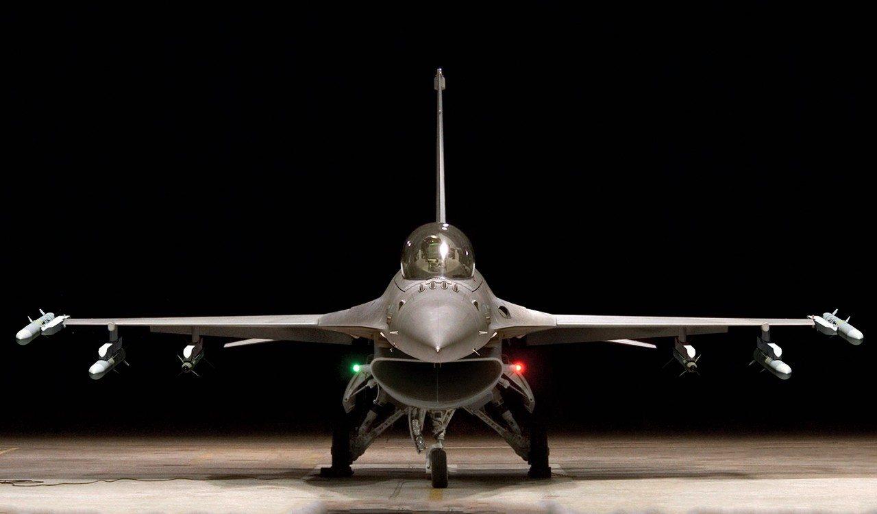 F-16 Fighting Falcon   Lockheed Martin